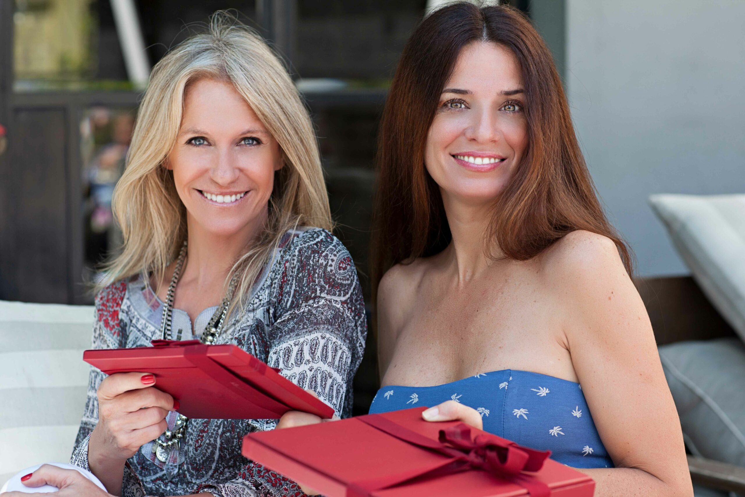 buying-gifts-for-women-the-ultimate-guide-for-buying-&-giving-gifts