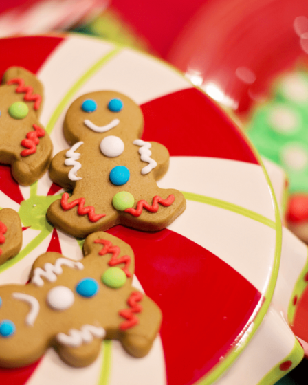 Buying the Best Food Gifts for Christmas Philippines Article Cover